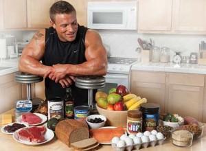 За качване на мускулна маса приемайте повече калории от добре подбрана храна.